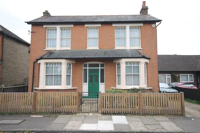 Thumbnail Detached house for sale in Chaucer Road, Ashford