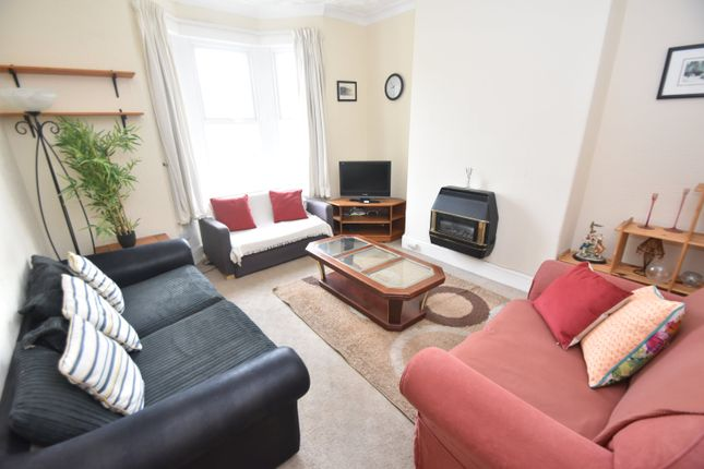 3 bed property to rent in Flaxland Avenue, Heath, Cardiff CF14