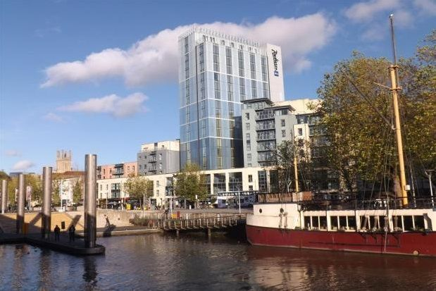 Thumbnail Flat to rent in Broad Quay, Bristol