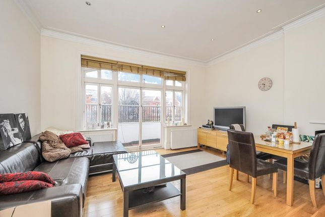 Thumbnail Flat to rent in Compayne Gardens, West Hampstead NW6,