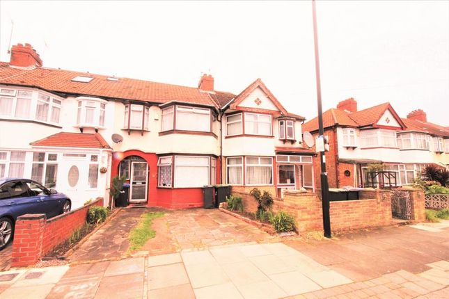 Thumbnail Terraced house for sale in Galliard Road, London