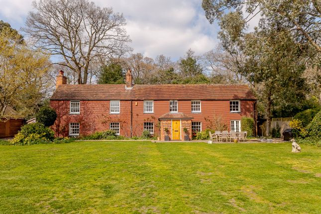 Thumbnail Detached house for sale in Drury Lane, Mortimer Common, Reading