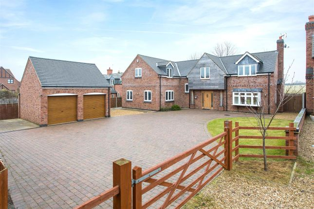Thumbnail Property for sale in Dunton Road, Broughton Astley, Leicester
