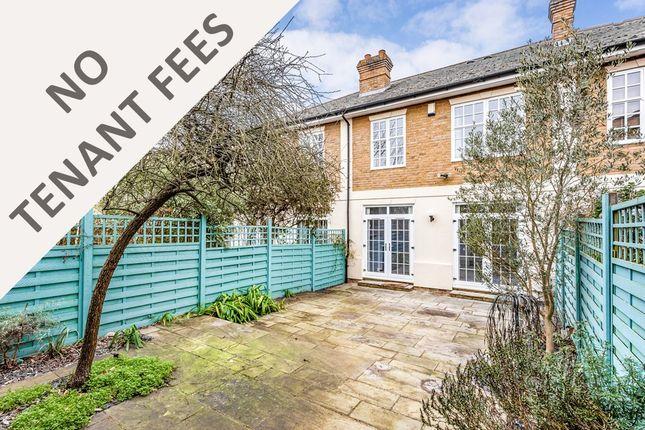Thumbnail Flat to rent in Spenser Mews, London