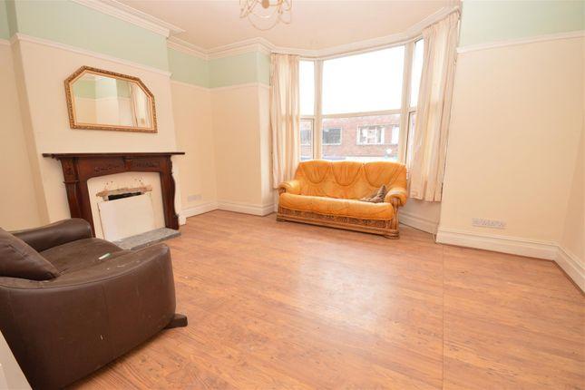 Thumbnail Flat to rent in Market Street, Hoylake, Wirral