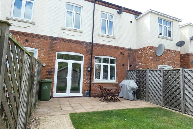 Services of Springfield Grange, Oatfield Close, Scartho, Grimsby DN33
