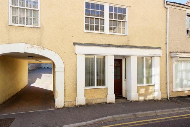 Studio to rent in Swan Gardens, Wotton Under Edge GL12
