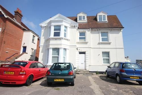 Thumbnail Flat to rent in Penfold Road, Clacton-On-Sea