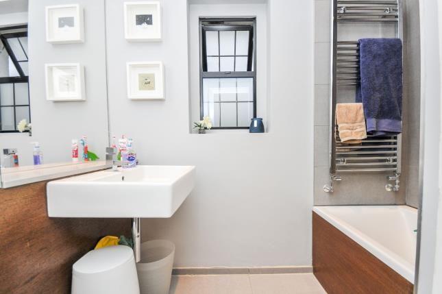 Bathroom of Witherby Close, South Croydon, Surrey, England CR0