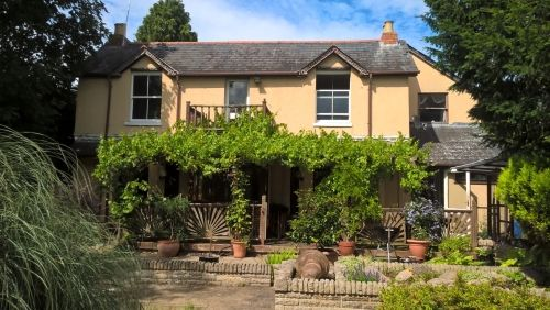 Thumbnail Leisure/hospitality for sale in Maidenhead, Berkshire