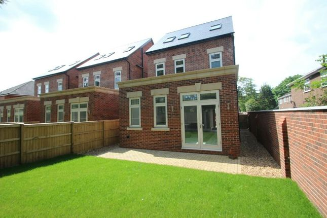 Rear Of Property of Harboro Road, Sale M33