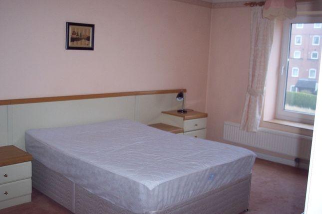 Bedroom of Broadland Court, Maltsters Way, Lowestoft NR32