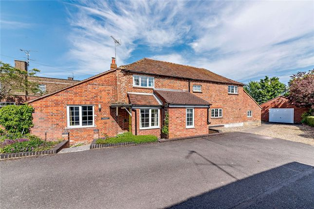 Thumbnail Cottage for sale in Old Bath Road, Newbury