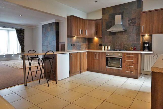 Thumbnail Flat to rent in 14 High Street, Harrogate