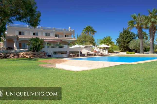 Thumbnail Villa for sale in Tavira, Eastern Algarve, Portugal