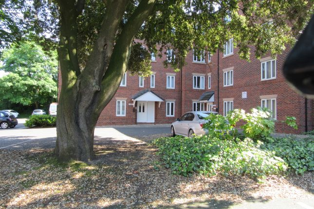 Thumbnail Flat to rent in Woodsome Park, Liverpool