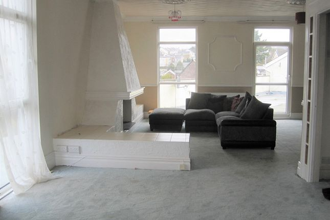 Thumbnail Flat to rent in Station Road, Ystradgynlais, Swansea.