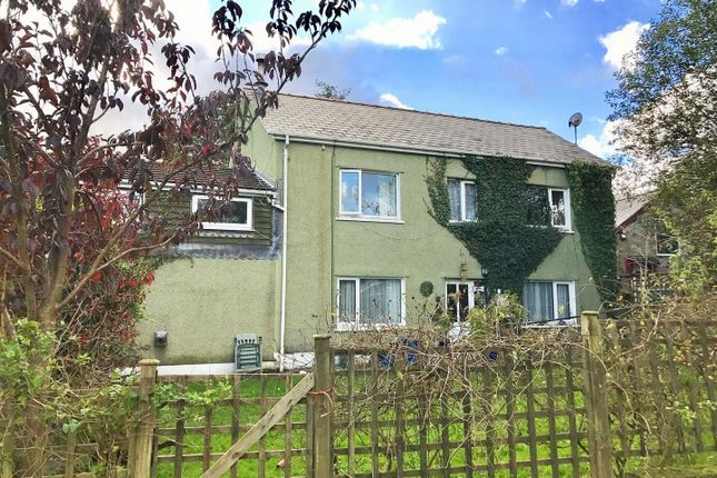 Thumbnail Country house for sale in Glanamman, Ammanford