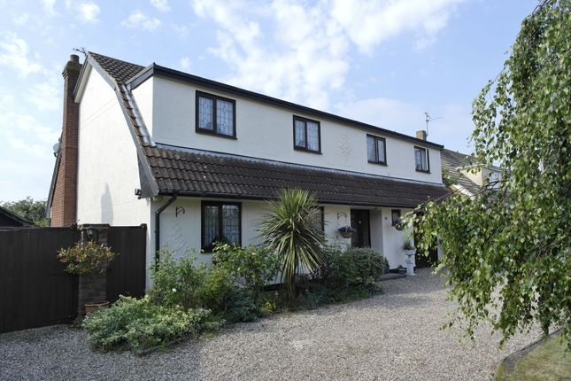 Thumbnail Detached house for sale in West Avenue, Mayland, Chelmsford