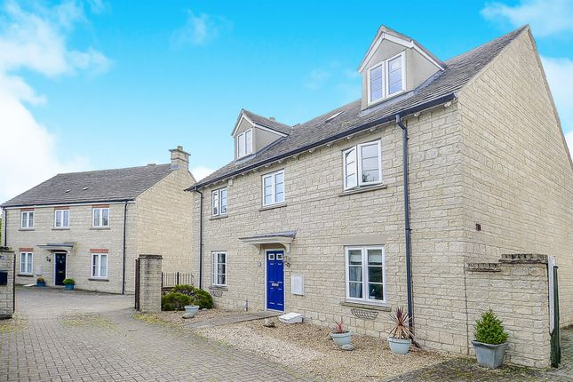 Thumbnail Detached house for sale in Campion Way, Witney