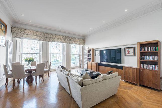 Thumbnail Flat to rent in Cornwall Gardens, South Kensington, London