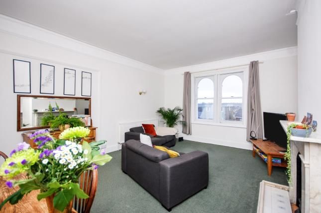 Thumbnail Flat for sale in Weston Road, Cowes, Isle Of Wight
