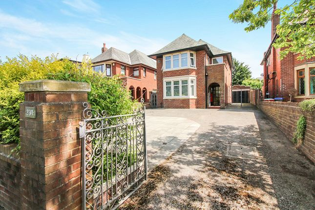 Thumbnail Detached house to rent in East Park Drive, Blackpool