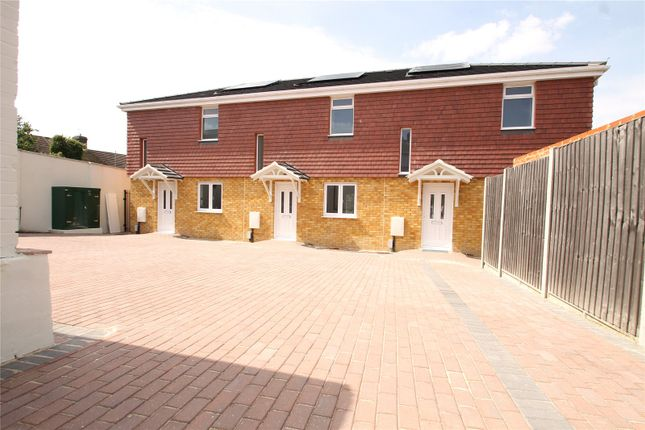Thumbnail Terraced house for sale in Chalkpit Hill, Chatham, Kent