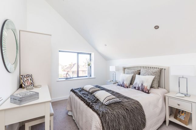 Bed 2-New of Howard Avenue, West Wittering PO20
