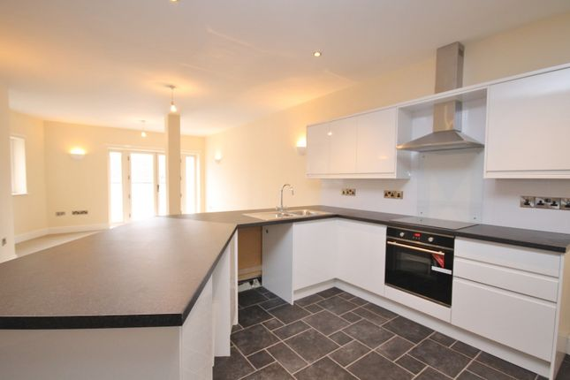 Thumbnail Flat to rent in Queens Road, Richmond, North Yorkshire