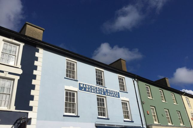 Thumbnail Maisonette to rent in Manchester House, Aberaeron