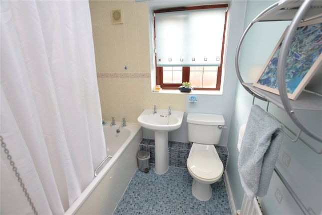 Bathroom of The Clearings, Leeds, West Yorkshire LS10