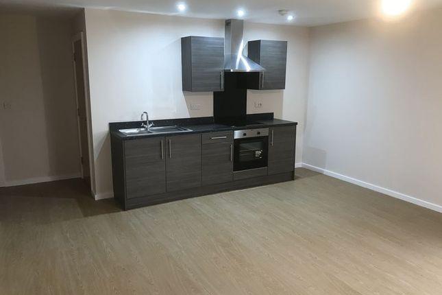 Thumbnail Flat to rent in Bridgefield Street, Stockport