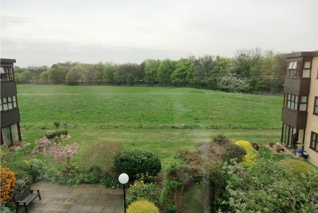 Thumbnail Flat to rent in Millfield Court, Millfield Park, Huntingdon, Cambridgeshire