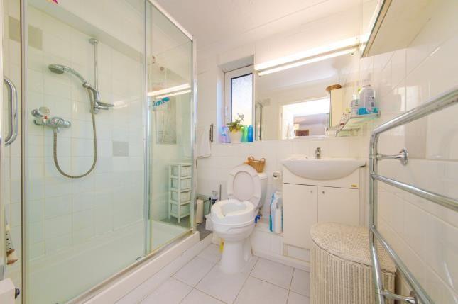 Shower Room of Homan Court, 17 Friern Watch Avenue, London N12