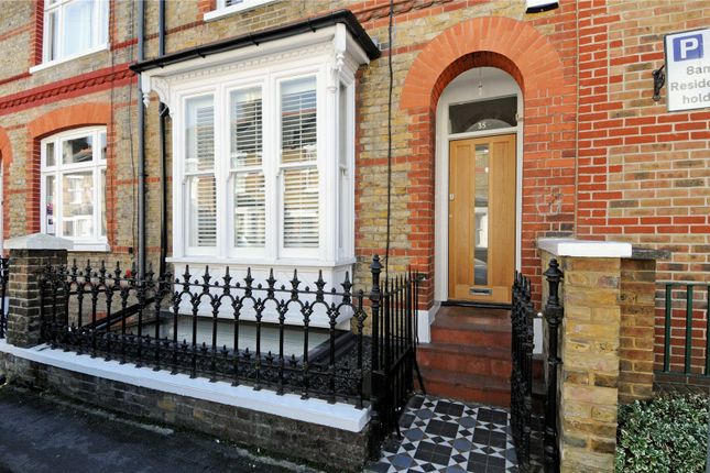 Thumbnail Terraced house for sale in Temple Road, Windsor, Berkshire