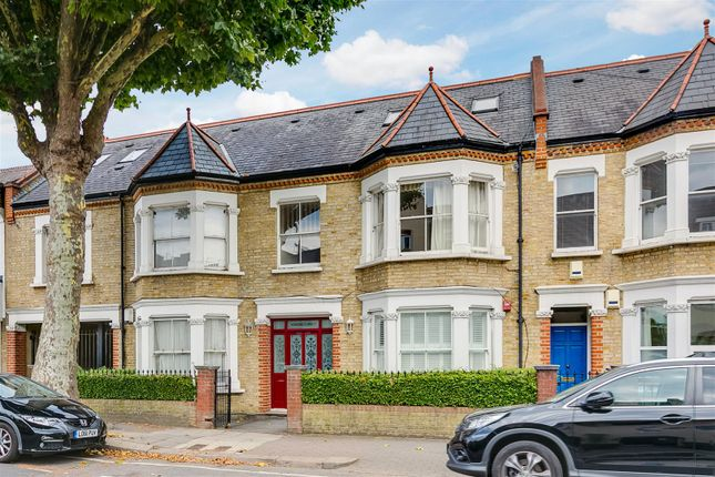 Thumbnail Flat for sale in Somerset Court, Acton Lane, Chiswick