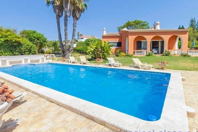 3 bed villa for sale in Alcantarilha E Pêra, Alcantarilha E Pêra, Silves