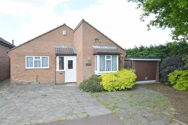 Thumbnail Detached bungalow for sale in Lingfield Gardens, Old Coulsdon, Coulsdon