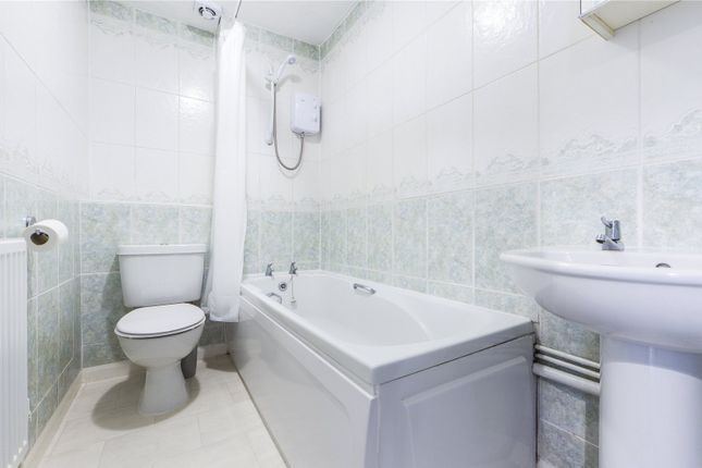 Bathroom of Sweet Briar Drive, Calcot, Reading, Berkshire RG31