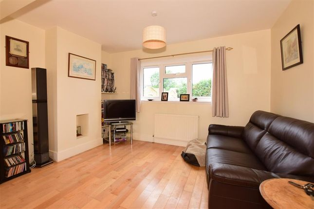 Lounge of Butlers Place, Ash, Kent TN15