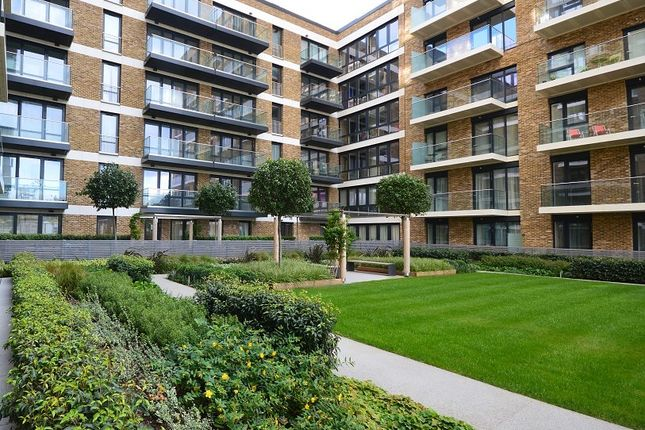 Thumbnail Property to rent in Royal Arsenal Riverside, Cmopton House, Victory Parade, London