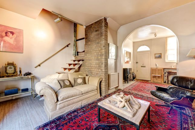 Thumbnail Property for sale in Cresswell Place, London