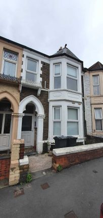 3 bed property to rent in Mackintosh Place, Roath, Cardiff CF24