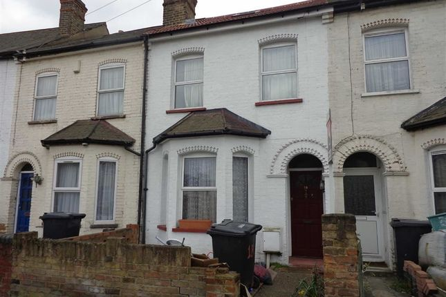 Thumbnail Terraced house to rent in Williams Road, Southall, Middlesex