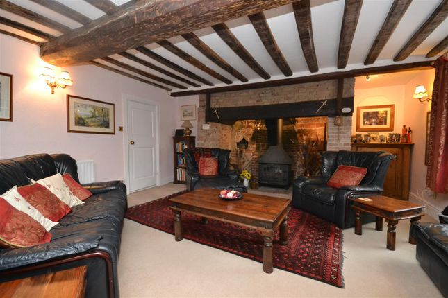 Thumbnail Semi-detached house for sale in Hingham, Norwich