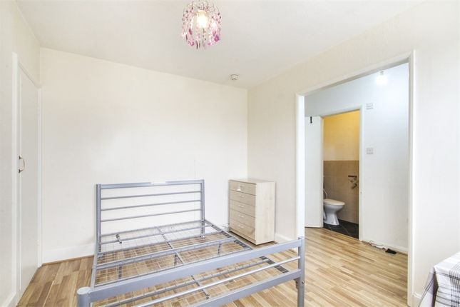 Thumbnail Studio to rent in New Parade, High Street, Yiewsley, West Drayton, Middlesex