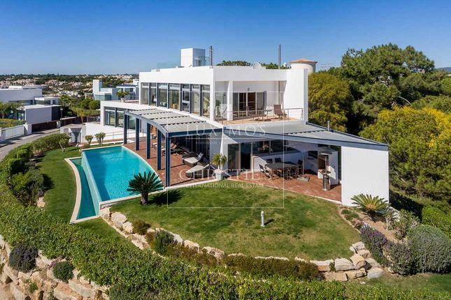 Villa for sale in Loule, Vale Do Lobo, Portugal