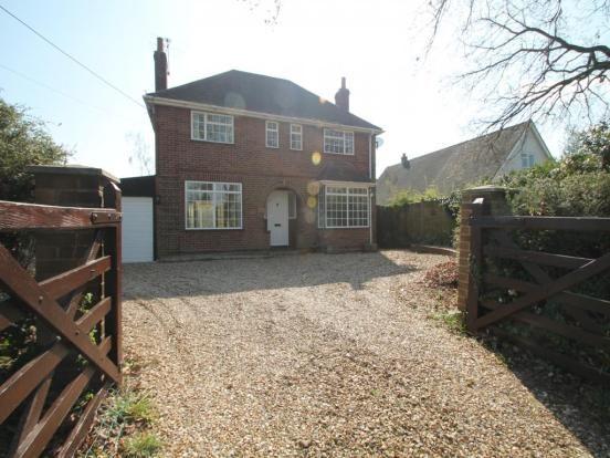 Thumbnail Detached house to rent in Robinhood Lane, Winnersh, Wokingham