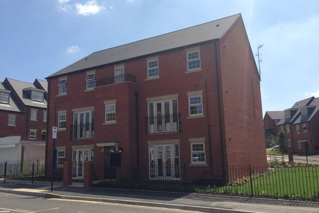 Thumbnail Flat to rent in Staniforth Road, Sheffield